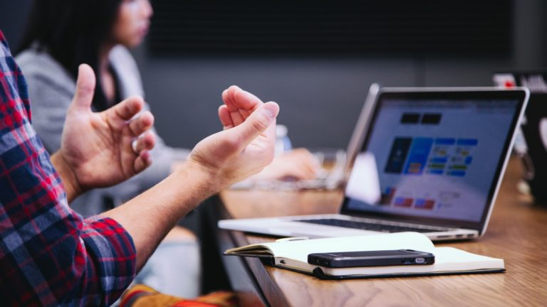 Simplifying Communication in the Newsroom
